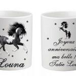 tasse avec un cheval